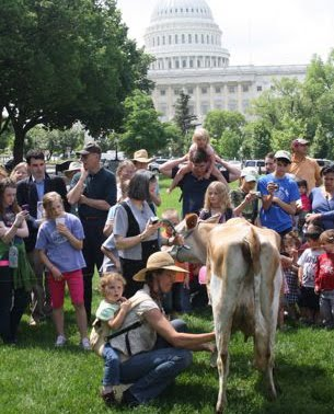 Raw Milk Advocates at the Capitol